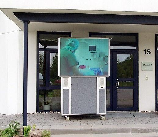 65 Zoll 4:3 Rückprobox mit 13.000 ANSI Lumen XGA LCD Projektor